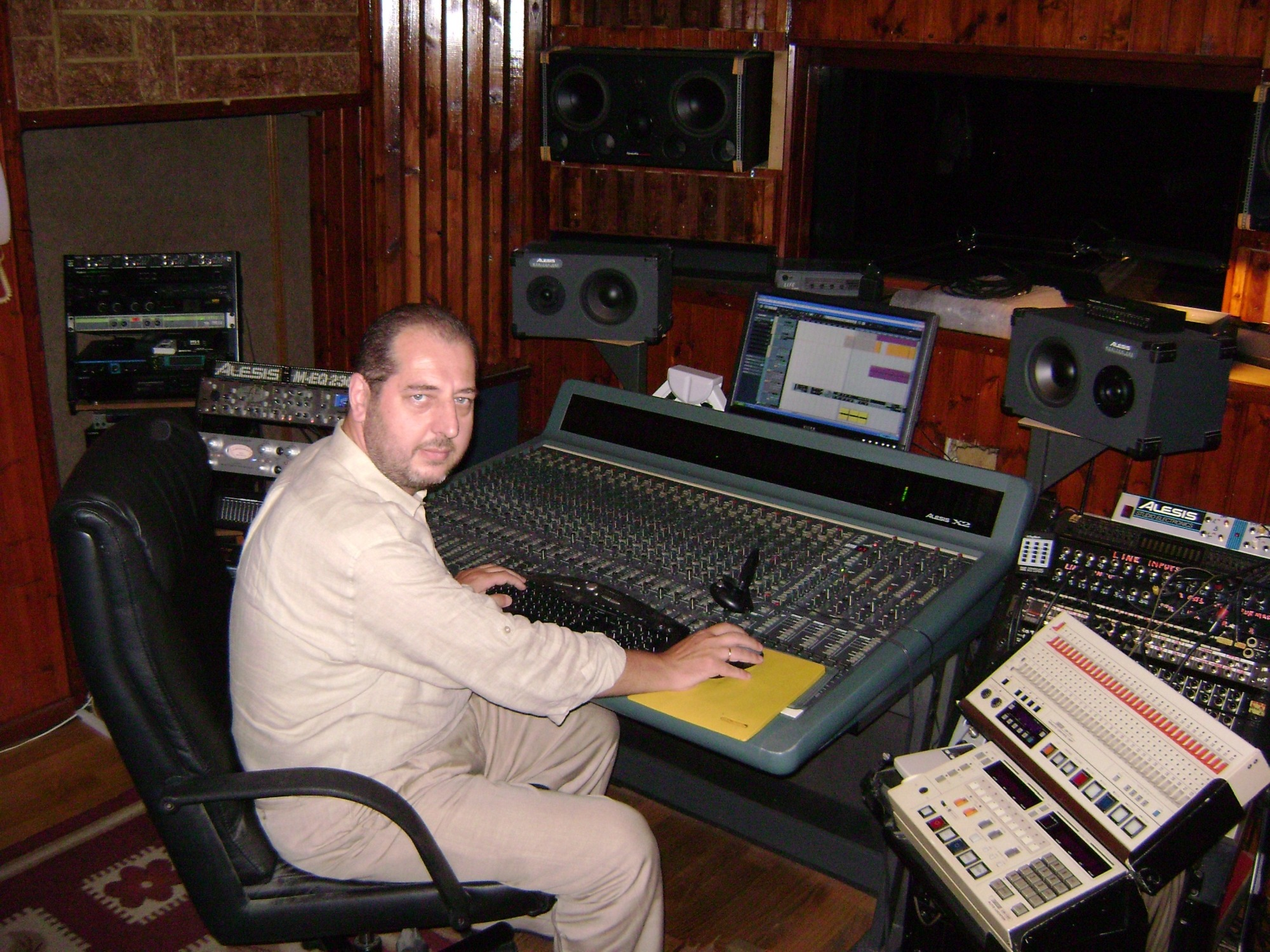 Στο Artracks Recording Studio